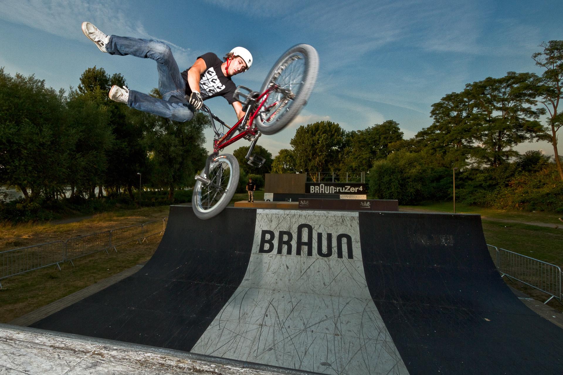 Action_Sport_BMX_Thailwhip