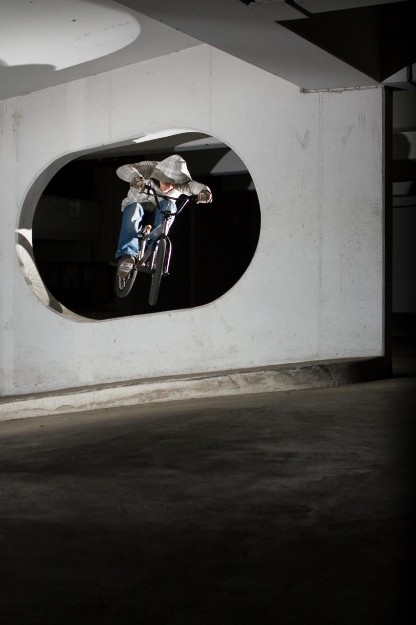 Action_Sport_BMX_Parkhaus