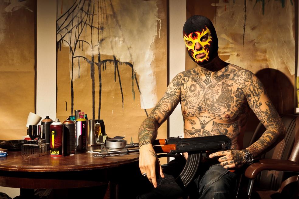 Porträt Portrait Sascha Bisley. Dortmund. Autor. Tattoo, Zurück aus der Hölle. People Fotograf Düsseldorf