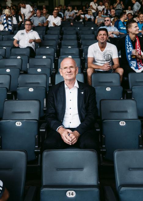 Hans-Peter Villis, VFL Bochum, Felix Gemein für Manager Magazin by Felix Gemein.